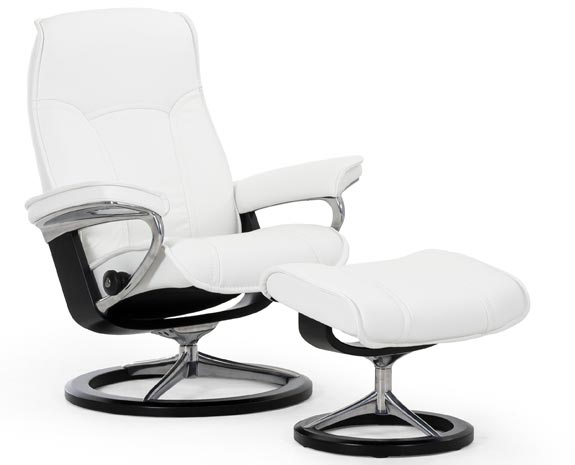 Stressless Senator  Signature chair