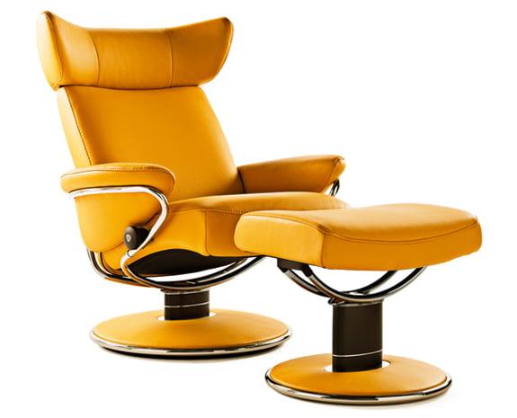 Bequeme Sessel laden zum Relaxen ein
