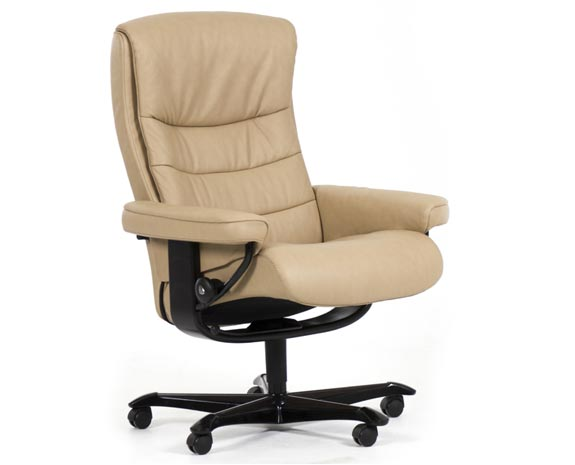 Fauteuil de bureau grand confort en cuir beige, inclinable, Stressless Nordic Office